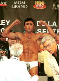 Ce revenire! Boxerul Oscar De La Hoya se intoarce in ring dupa 13 ani