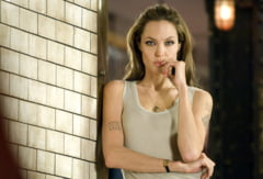 Ce rol joaca Angelina Jolie in ultimul ei film, care va fi lansat luna viitoare VIDEO