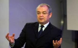 Ce salarii INCREDIBILE au angajatii Primariei Cluj-Napoca, in frunte cu Emil Boc!
