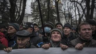 Ce se intampla in Ucraina? Intrebari esentiale pentru viitorul tarii