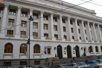 Ce si cu ce pret va decide BNR in sedinta de politica monetara in legatura cu cresterea dobanzilor?