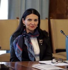 """Ce spun medicii de familie si ministrul Sanatatii despre """"Programul vitamina D"""" dorit de Dragnea"""