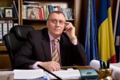Ce spune primarul din Pucioasa, omul care a reclamat conducerea PNL la tribunal