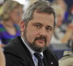 Ce spune unul dintre cei mai activi eurodeputati romani, inlocuit de Grapini pe lista