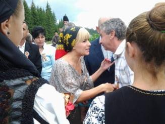 Ce-ti doresc eu tie, dulce Romanie: Udrea vorbeste de lideri patriotici, care sa nu minta
