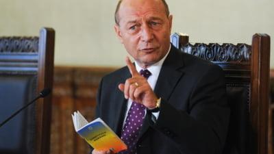 Ce urmareste Traian Basescu prin declaratiile sale despre monarhie? (Opinii)