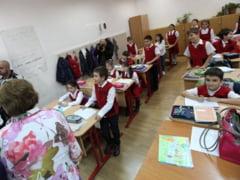 Ce vrea Ministerul Educatiei pentru noul an scolar: Semestre egale, mai multe zile libere
