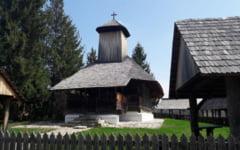 Cea mai frumoasa biserica de lemn din Oltenia. Bratienii si sora dictatorului Nicolae Ceausescu i-au dorit stramutarea
