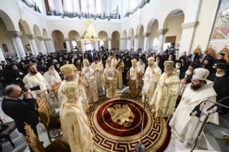 Cea mai inalta autoritate religioasa a recunoscut independenta Bisericii Ortodoxe din Ucraina fata de cea din Rusia