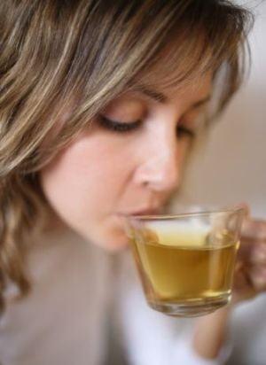 Ceaiul de iasomie scade colesterolul si te scapa de stres