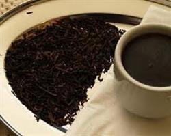 Ceaiul negru te bronzeaza natural in extrasezon