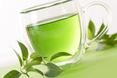 Ceaiul verde slabeste, dar doar daca il consumi cum trebuie