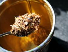 Ceaiuri din plante care previn constipatia