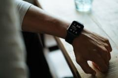 Ceasurile inteligente ar putea depista infectarea cu COVID-19 cu multe zile inainte de aparitia simptomelor