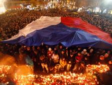 Cehii stau la coada sa ii aduca un ultim omagiu lui Vaclav Havel (Video)