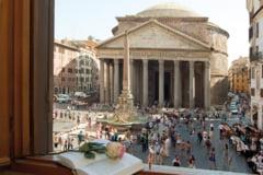 Cei care viziteaza Panteonul din Roma dar nu vor sa se roage vor plati bilet de intrare
