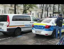 Cei doi au fost prinsi de politie