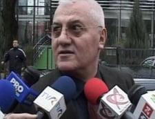 Cei mai mediatizati politicieni la TV: Dragomir, Becali, Olteanu, Prigoana