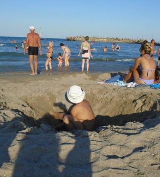 """Cel mai aglomerat weekend pe litoralul romanesc: """"Costinestiul e scapat de sub control"""""""