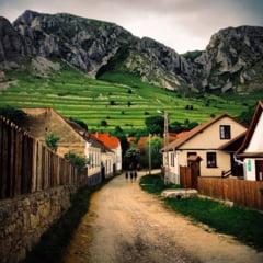 Cel mai frumos sat din Transilvania, unde soarele răsare de două ori REPORTAJ