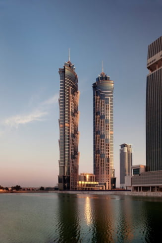 Cel mai inalt hotel din lume, inaugurat in Dubai