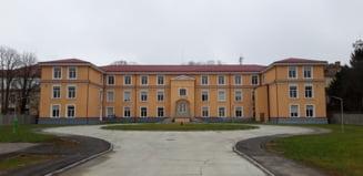 Cel mai mare centru pentru refugiati din lume a fost deschis la Timisoara. 100 de oameni pot fi cazati la fiecare nivel