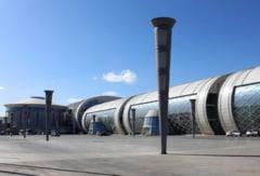 Cel mai mare oras-fantoma chinez: Metropola futurista din desert (Galerie foto)