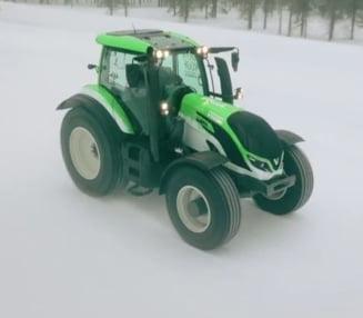 Cel mai rapid tractor din lume (Video)