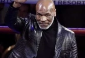 """Cel mai umilitor moment din cariera lui Mike Tyson. Michael Jackson l-a facut """"KO"""" din doua vorbe"""