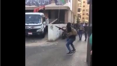 Cel puţin şase morţi şi peste 30 de răniţi la Beirut, în timpul unor violențe produse la o manifestație islamistă. Premierul Najib Mikati a decretat zi de doliu în Liban VIDEO