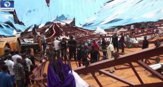 Cel putin 200 de oameni au murit dupa ce acoperisul unei biserici s-a prabusit peste ei (Video)