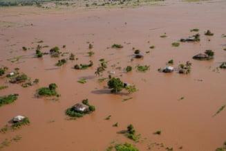 Cel putin noua persoane au murit dupa ce ciclonul Eloise a lovit coasta de est a Africii