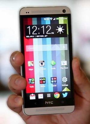 Cele mai bune smartphone-uri din 2013 si inovatiile lor uimitoare