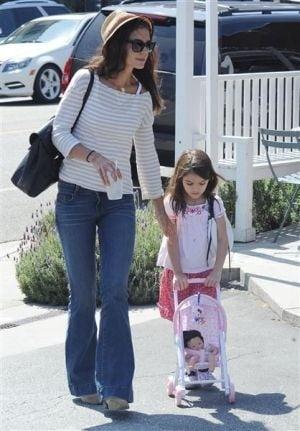 Cele mai elegante mamici de la Hollywood (Galerie foto)