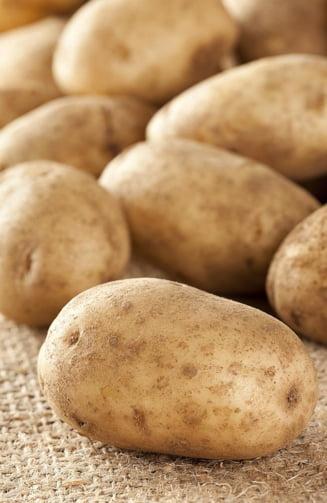 Cele mai sanatoase parti din fructe si legume, pe care le arunci