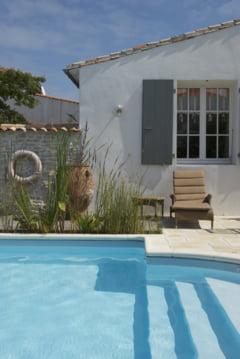 Cele mai scumpe vile cu piscina scoase la vanzare in Romania - preturi de pana la 3 milioane de euro