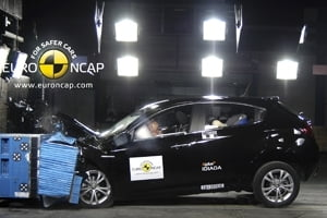 Cele mai sigure masini compacte - crash test 2011