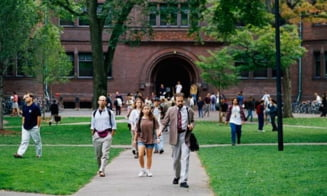 Celebra Universitate Harvard, data in judecata pentru discriminare