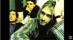 Celebrul chitarist Kurt Cobain, al trupei Nirvana, ar fi implinit 50 de ani. Una din chitarele sale a fost scoasa la vanzare pe eBay