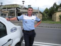 Celebrul politist Godina, probleme cu sefii dupa ce i-a luat permisul unui sofer cu pile: Nu sunt dobitoc!