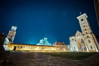 Centenarul a blocat Alba Iulia: Mai gasesti cazare la mii de lei pe noapte, masinile vor fi oprite la intrarea in oras