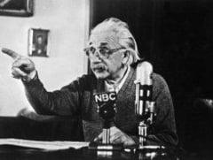 Cercetatorii CERN: Einstein a avut dreptate, viteza neutrinilor nu e mai mare ca a luminii