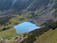 Cercetatorii germani rascolesc lacurile glaciare din Muntii Rodnei