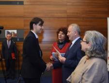 Ceremonia de absolvire a cursului de diplomatie si afaceri internationale a Complexului Educational Lauder-Reut