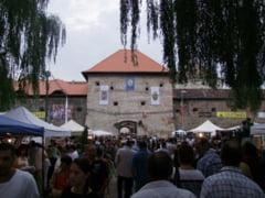 Cetatea Fagarasului si miile de vizitatori