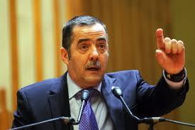 Cezar Preda: Ponta face poltica anti-americana ! N-are consilieri sanatosi la cap