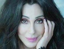 Cher s-a oferit sa ajute Serviciul Postal American, eforturile i-au fost zadarnicite de un manager local