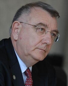 Chiliman: Daca Udrea chiar vrea referendum, PD-L sa faca propunerea