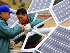 China domina piata de energie verde, dar problemele abia incep