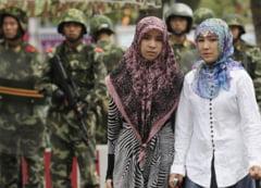 Chinezii musulmani sunt amenintati in propria tara: Risca pedepse aspre daca nu renunta la Coran